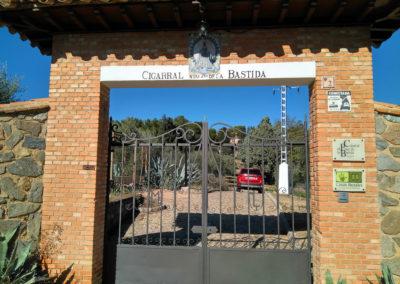 Entrada Cigarral El Pinar de las Bastida. Toledo