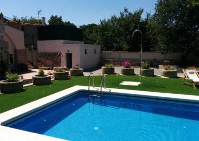 www.casasruralelpinardelabastida.es-finca-pinar-bastida-toledo-zonas-comunes-pisicna-aparcamiento
